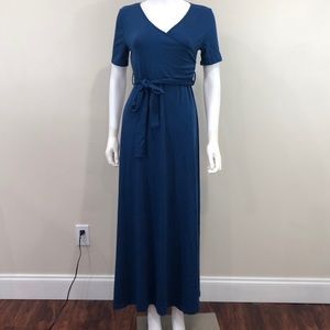 Dresses & Skirts - Navy Blue Maternity Maxi Dress Small Baby Shower
